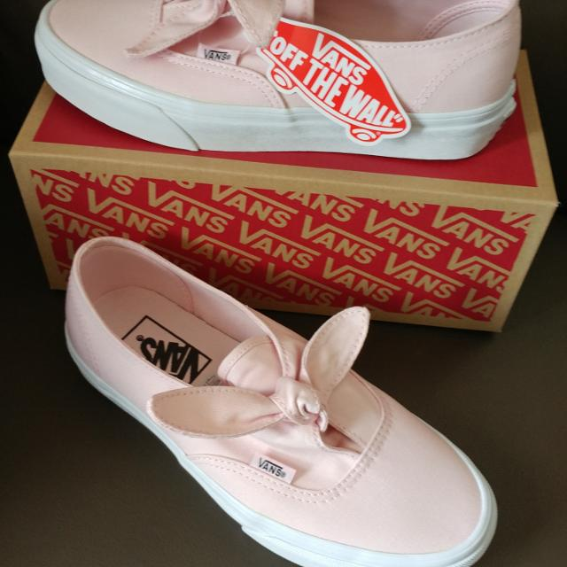 8b5583cb7c4c7f Find more New! Vans Chalk Pink Knotted Canvas Shoes 6.5 for sale at ...