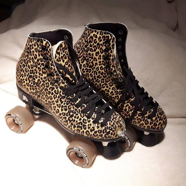 9728d4f50ad Find more Moxi Ivy Leopard Print Retro Style Rollerskates for sale ...