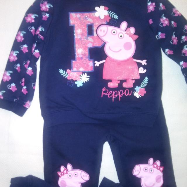 379bfaad5 Find more Girl's Peppa Pig 2pc Outfit (size 3t) for sale at up to 90 ...