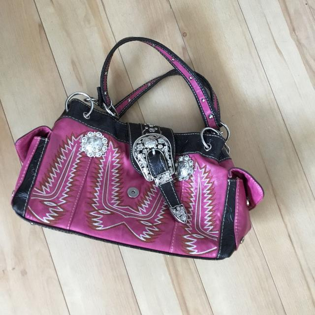 3af058b59dc7 Best Beautiful Pink Western Purse for sale in Airdrie
