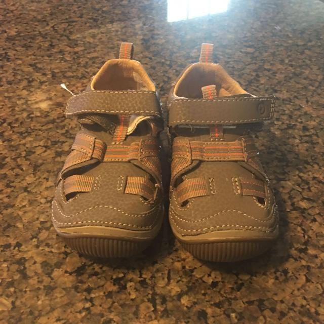 66c4fe56e0ca Find more Stride Rite Sandals for sale at up to 90% off - Bowling ...