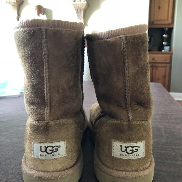 27bc018773d Ugg Boots Size 4