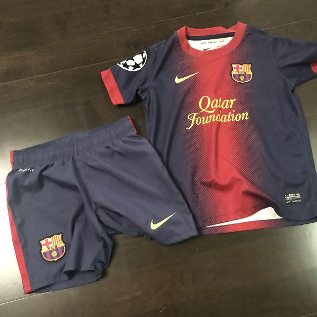 newest c468d 42cd3 Official FCB soccer jersey & shorts $40
