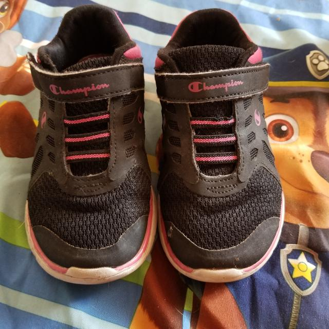 d3bd684bd20ba Find more Girls Size 9.5 Champions Sneakers for sale at up to 90% off
