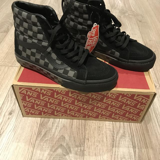 "Find more Vans ""sk8-hi"" Black Suede Checkerboard - Size 7 Ladies ... 90ce177286"