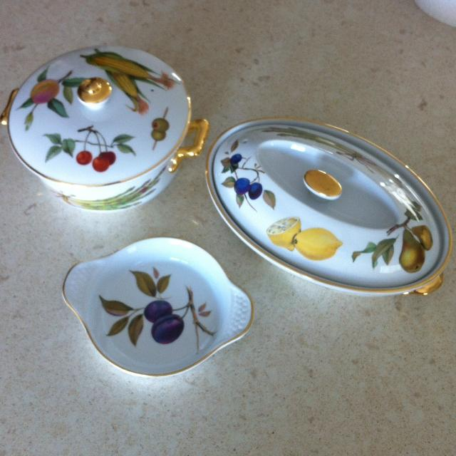 Find more Vintage Royal Worcester Fruit Serving Dishes for sale at ...