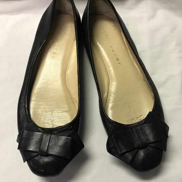 b7bd7248b8c Women's Ivanka Trump Soft Black Leather Bow Flats Shoes Sz. 7