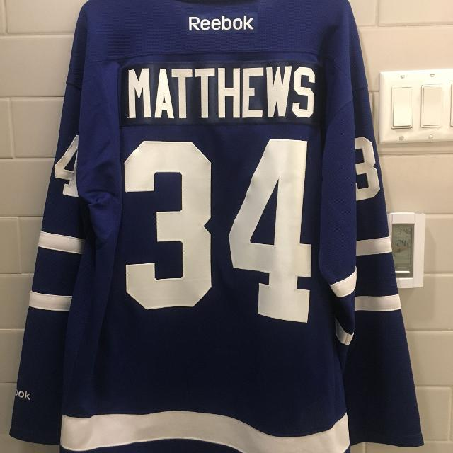 detailed look 54403 bc8df Auston Matthews Jersey - Toronto Maple Leafs, Adult Medium