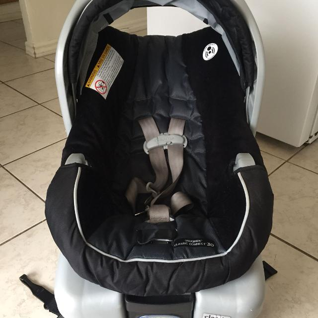 Graco Snugride Classic Connect 30 Infant Car Seat And Base