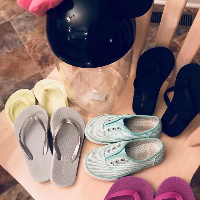 0b43d91da0ed Find more Girl Toddler Flip Flops 8-9 Teal Shoes Size 9 Please Read ...