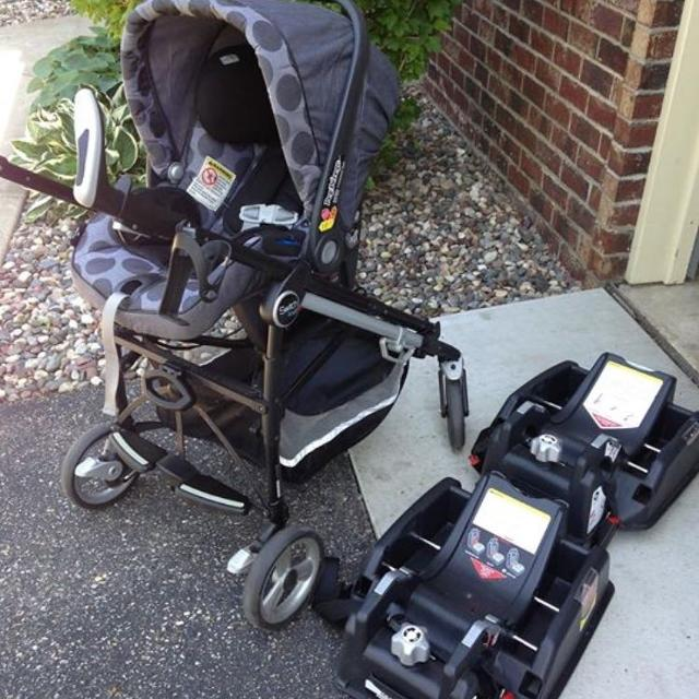 Peg Perego Switch Four Stroller Car Seat And 2 Bases