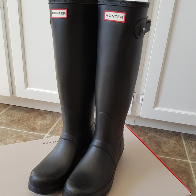 130b6ac9056 Authentic Hunter Rubber Boots Original Tall Black Matte Size 8 Brand New