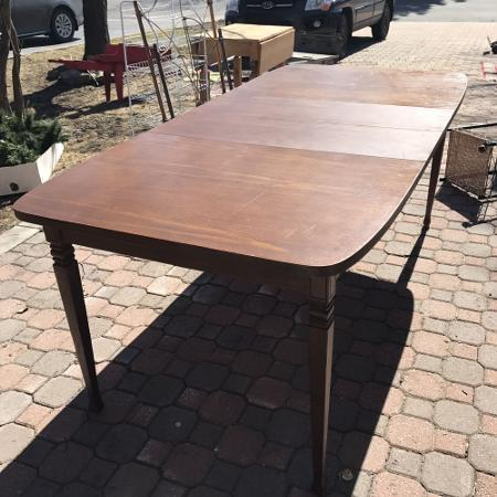 Wood dining table with removable leaves for sale  Canada