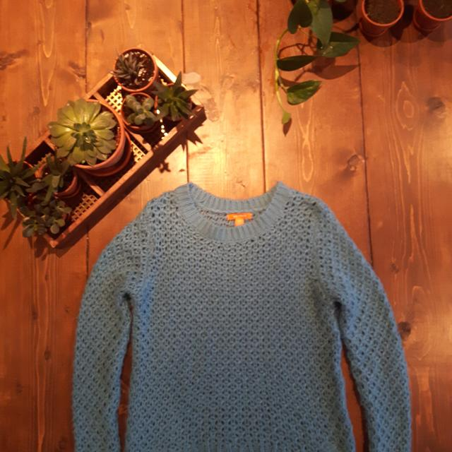 Size Medium - Colourful, Textured Knit Top! So Soft and 100% Acrylic!