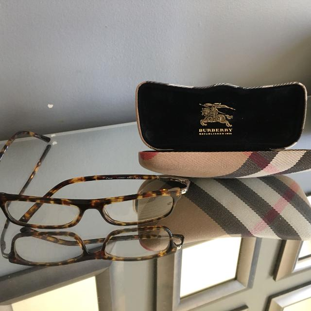 0d4bcdfe9aae Find more Burberry Glasses Case With Foster Grant 200 Reading ...