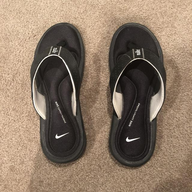 390c72fda2e6 Find more Nike Comfort Footbed Flipflops for sale at up to 90% off