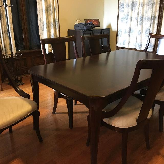 Best Broyhill Table Chairs With Hutch For Sale In St Clair Illinois For 2020