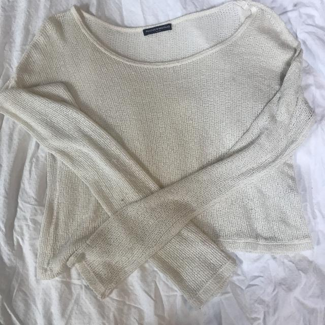44ee2a9fca7de Find more Brandy Melville Knit Top for sale at up to 90% off