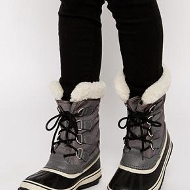 bcdfb147bfa Find more Sorel Women's Winter Carnival Boots for sale at up to 90% off