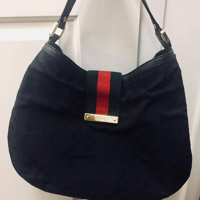 73616573a93b Find more Gucci Purse for sale at up to 90% off