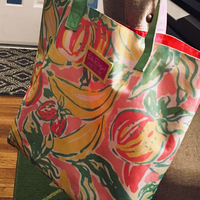 """Lilly Pulitzer 14"""" x 14"""" Canvas Tote!!! Seller can meet near. Pensacola, FL"""