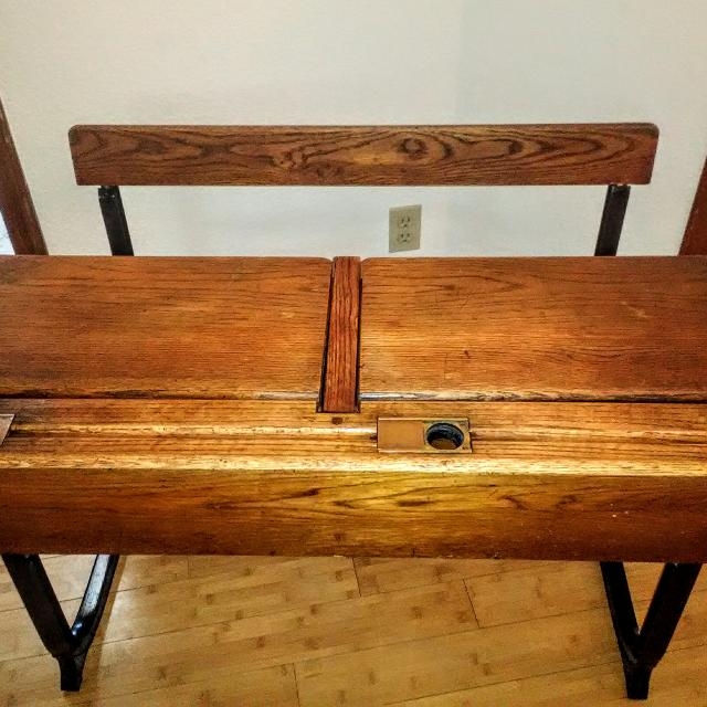 Early 1800s Antique School Desk - Best Early 1800s Antique School Desk For Sale In Orangevale