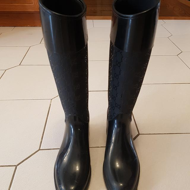 15e761f9d0f Find more Gucci Rain Boots for sale at up to 90% off