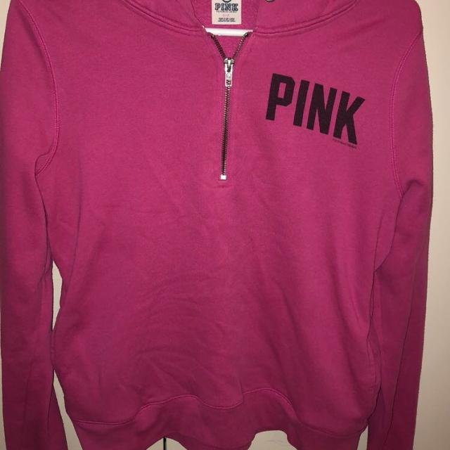a49310fd8e134 Victoria Secret pink sweater SMALL