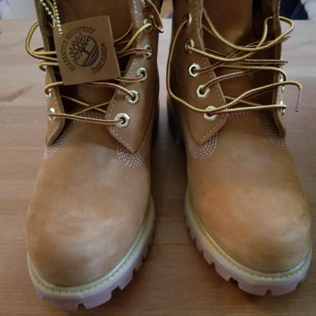 488c5ab143921 Best Timberland Mens Leather Waterproof Boots Size 7 Mens (9 For Women) New  In Box for sale in St. Catharines, Ontario for 2019