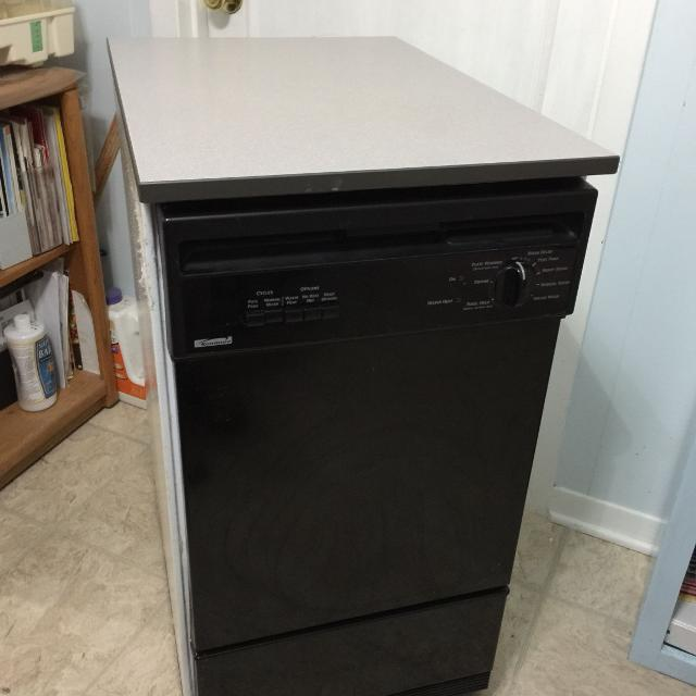 Kenmore portable/apartment size dishwasher -Price reduced NEEDS REPAIR