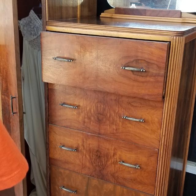 Best Beautiful Antique Wardrobe Dresser For Sale In Katy Texas For 2019