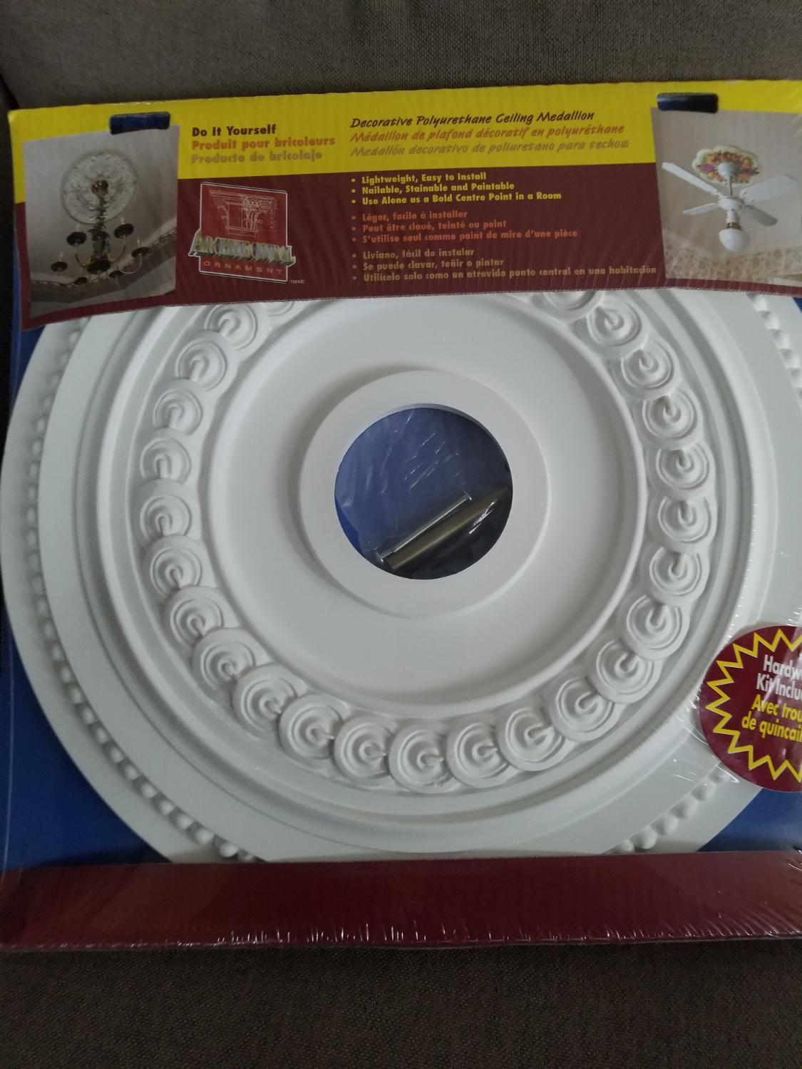 "Point De Centre Plafond 18"" ceiling medallion brand new in package."