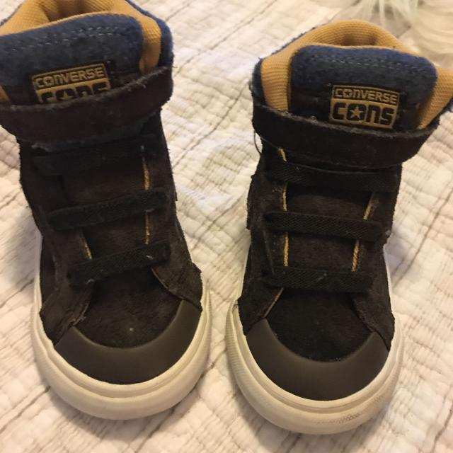 422bea2653ae8a Find more Converse Toddler Boys Size High Top Size 7 Shoes