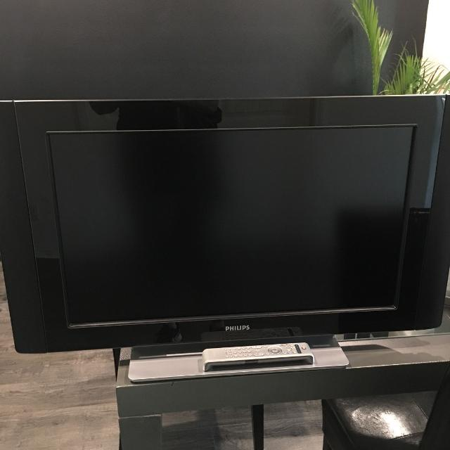Phillips flat screen tv 31""