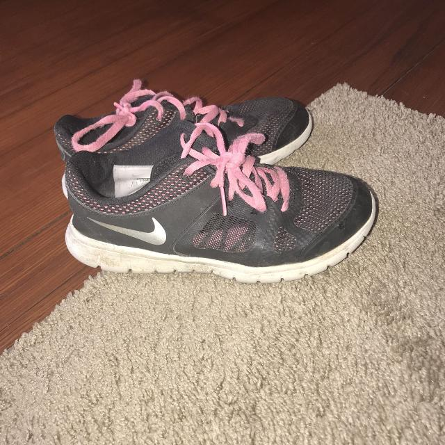 47cb93ff38 Best Size 1 Girls Nike Tennis Shoes for sale in Peoria, Illinois for 2019