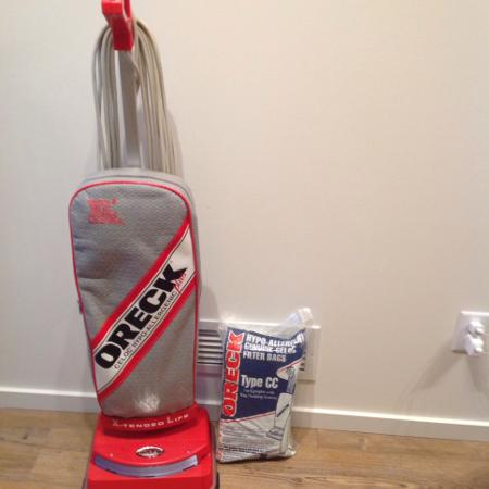 Carpet Cleaners & Vacuums (For Parts... for sale  Canada