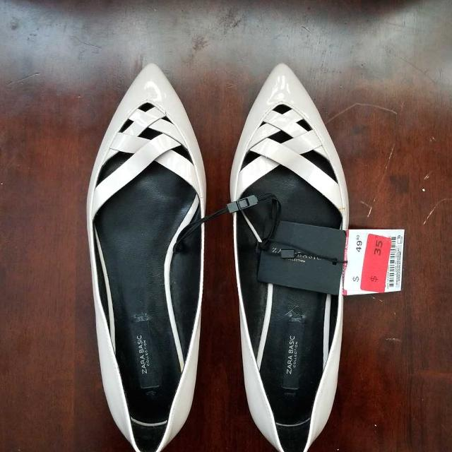 b8c65f80021 Find more Zara Flat Shoes for sale at up to 90% off