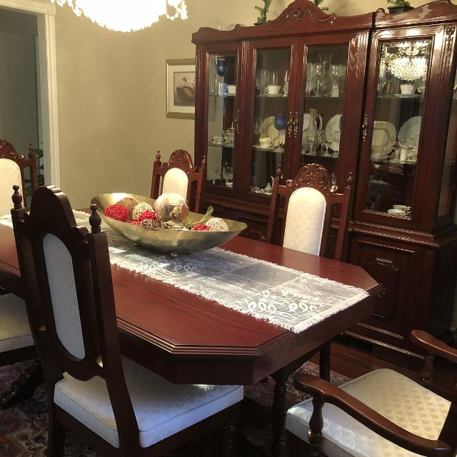 3 piece dining solid wood dining room set - table, hutch / China cabinet,  courier cabinet