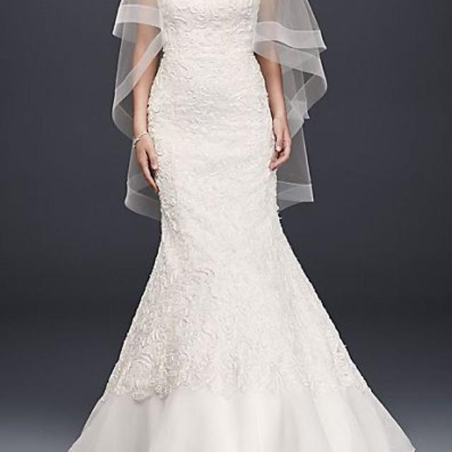 Best galina signature from davids bridal size 4 lace overlay galina signature from davids bridal size 4 lace overlay charmeuse wedding dress junglespirit Image collections