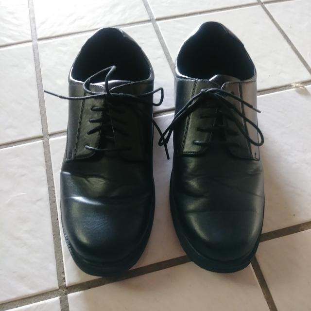 5209ecaca149 Best Like New Men s Deer Stags 902 Memory Foam Dress work Shoes Size 11.  for sale in Hemet