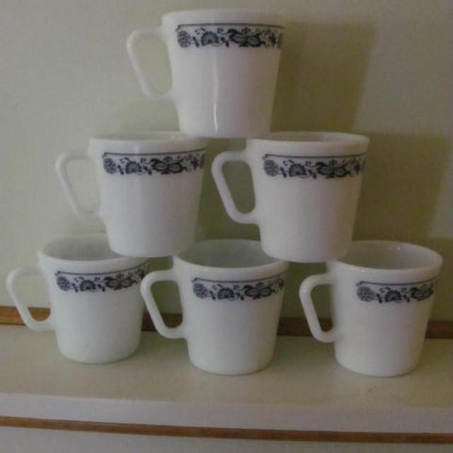 0044166d14e Best Pyrex Coffee Mugs Old Town Blue Pattern for sale in Clarington,  Ontario for 2019