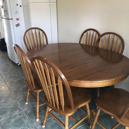 Solid Oak Dining Table and Chairs for sale  Canada