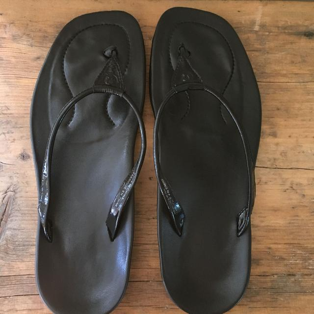 9005858c7e40 Find more Lululemon Leather Sandals Size 8 for sale at up to 90% off