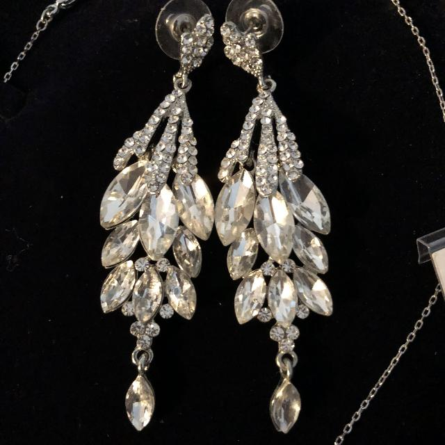 New Wedding Formal Event Earrings