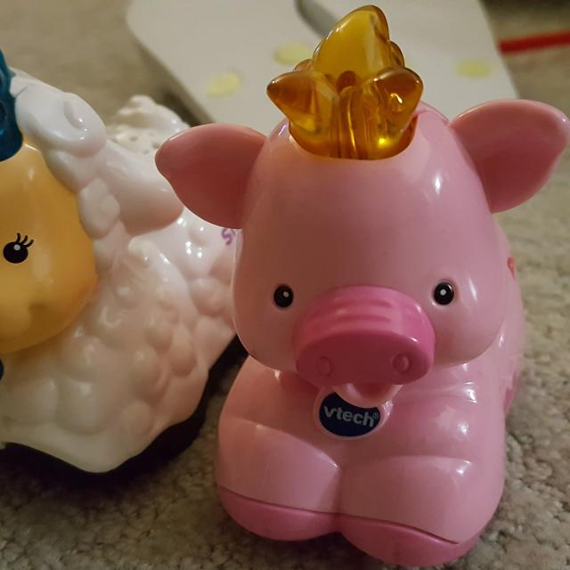 Vtech baby animals piggy and sheep