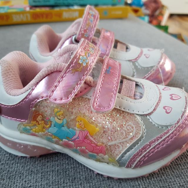 8798ee324bd3 Best Fit Baby Girl Sneakers 4.5-5 New for sale in Montréal