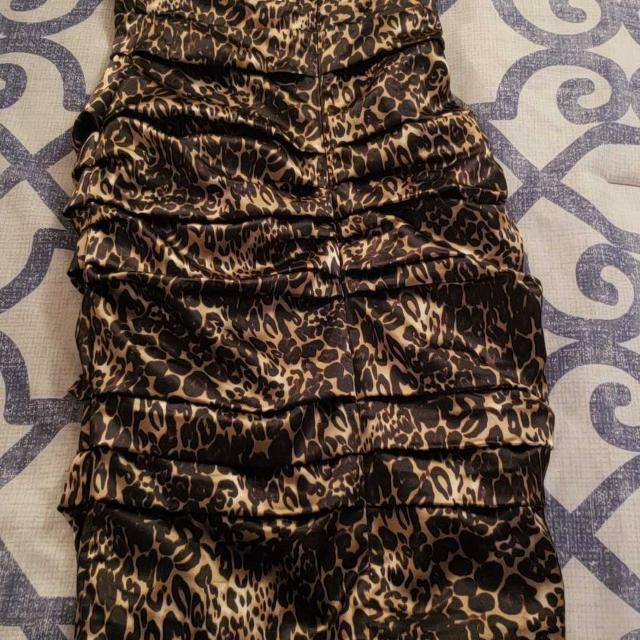 Best Le Chateau Leopard Print Dress For Sale In Dollard Des Ormeaux