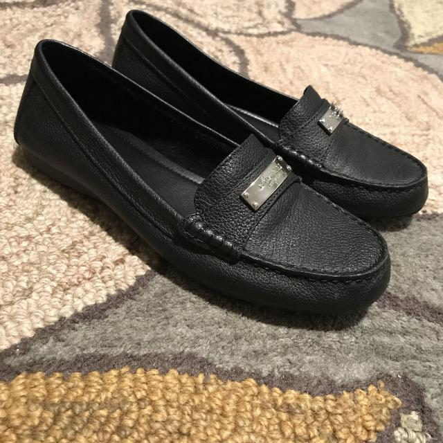 9e59e124272 Find more Coach Women s Black Loafers - Like New! for sale at up to ...