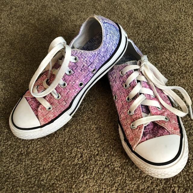 360ab3e51aa4c5 Find more Girls Size 14 Converse All Stars for sale at up to 90% off