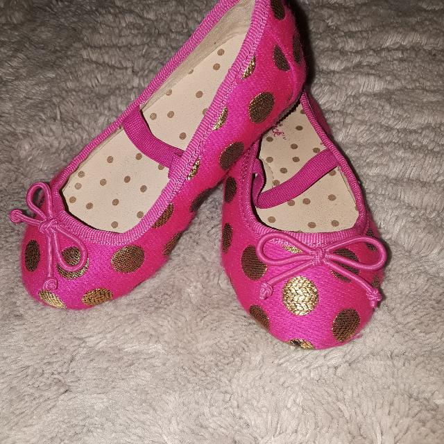 e36ff452c86b Find more Euc Cat   Jack Polka Dot Ballet Flats for sale at up to 90 ...